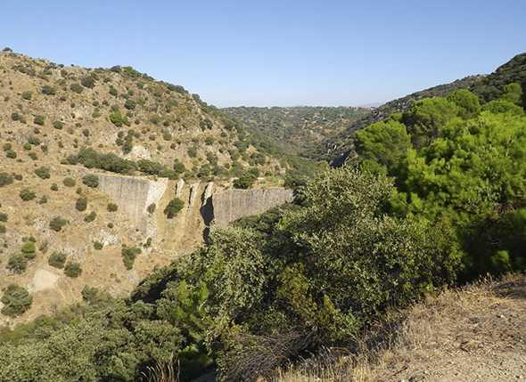 Itinerario de Montañismo por el Parque Natural de Sierra Nevada: Las Rozas
