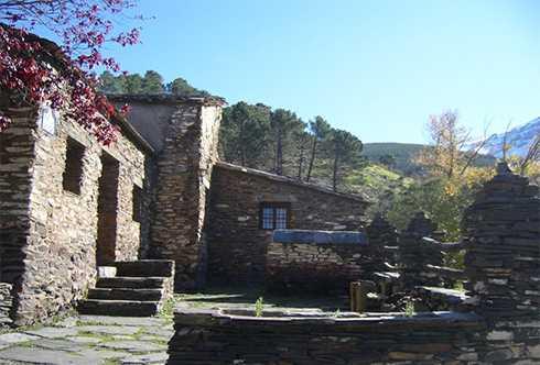 VIII Campamento Andaluz de Montañismo Infantil Juvenil (Refugio Ubeire)