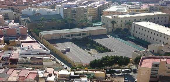 Critica de que el Cuartel se transforme en residencia militar y propone como mejor uso una residencia de estudiantes