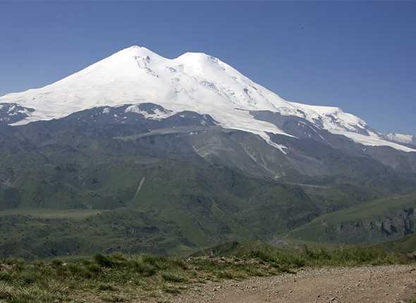 El Cóndor corona el Elbrus (5.642 mts)
