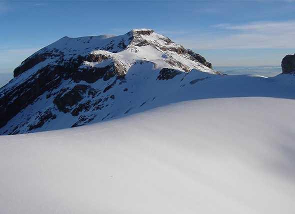 Itinerario de Senderismo Refugio de Aldeire – Pico Pecho – Collado Garcilaso – Ref. Aldeire