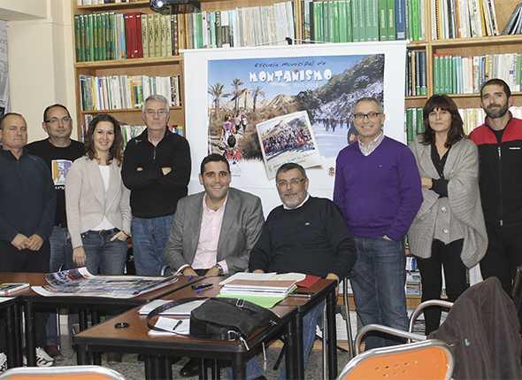 Presentación de la Escuela Municipal de Montañismo por el Concejal de Deportes Ayto Almería