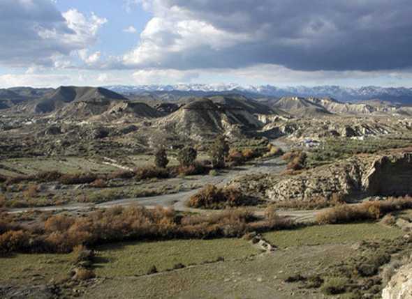 La Escuela de Montañismo realiza un Itinerario con 70 alumnos del CEIP Nueva Almería por el Desierto de Tabernas