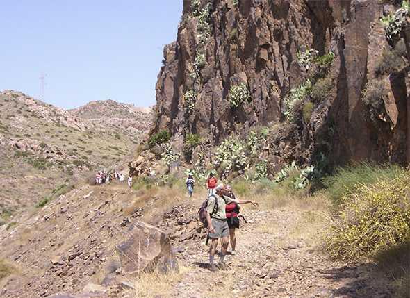 IX Campamento Provincial de Montañismo Infantil Juvenil en Aldeire (Fiñana-Sierra Nevada)