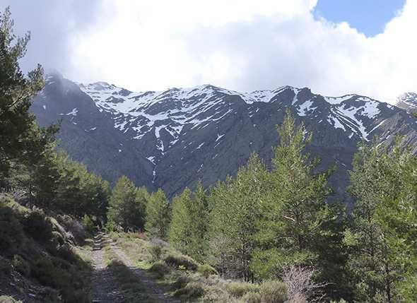 51 participantes en el VIII Campamento de Montañismo UBEIRE 2011